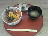 函館の朝市で朝飯